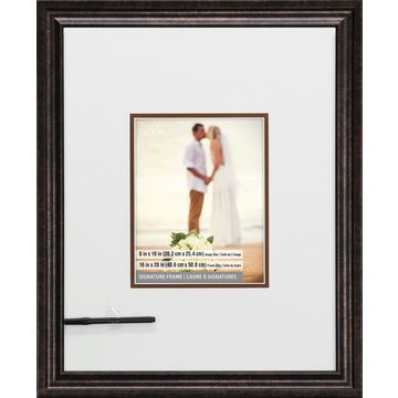 Signature Frame with Marker by Studio Decor