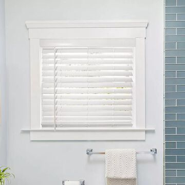 Chicology Cordless Faux Wood Blind, White, 63X48