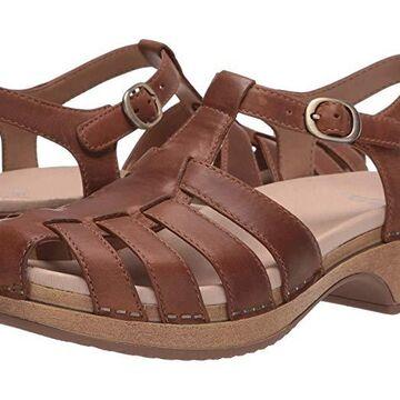 Dansko Brie (Brown Oiled Pull Up) Women's Shoes