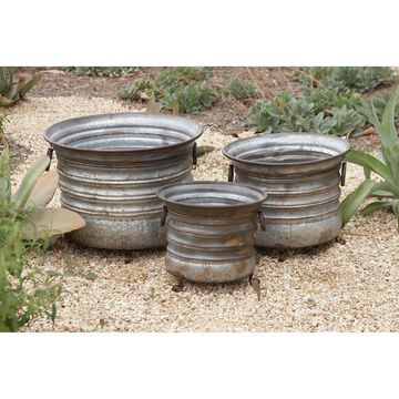 Set of 3 Rustic 11, 13, and 15 Inch Round Metal Planters by Studio 350
