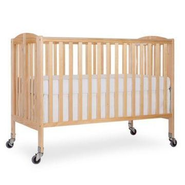 Dream On Me Folding Full Size Crib in Natural