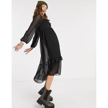 New Look ruffle detail chiffon midi dress in burgundy-Black