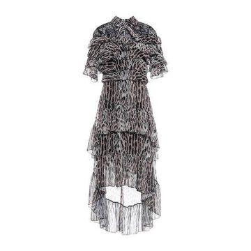 FOREVER UNIQUE Knee-length dress