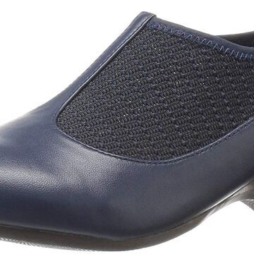 Bella Vita Womens Petra` Closed Toe Loafers