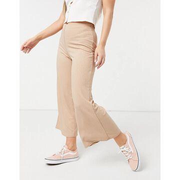 New Look ribbed wide leg crop pants in camel-Tan