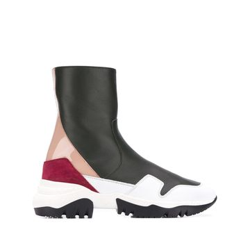 slip-on sneakers-style boots