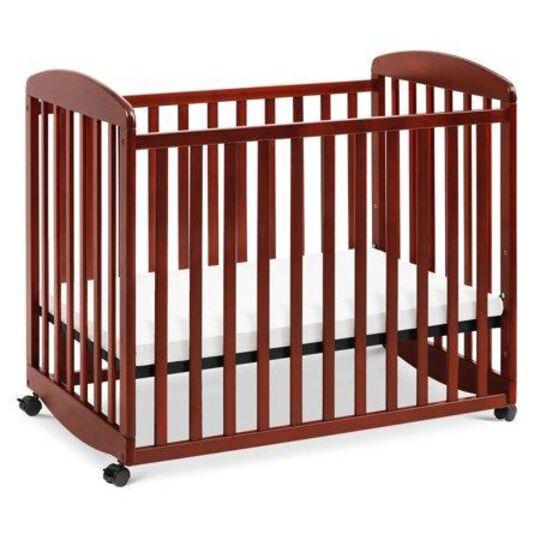 DaVinci Alpha Rocking Mini Crib, Ri