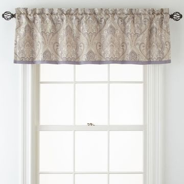 Home Expressions Le Reine Valance