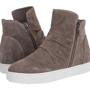 Yellow Box Marbee (Warm Taupe) Women's Shoes