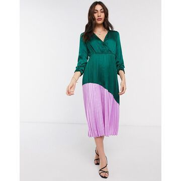 Liquorish color block dress with pleated skirt in green and bright pink-Multi