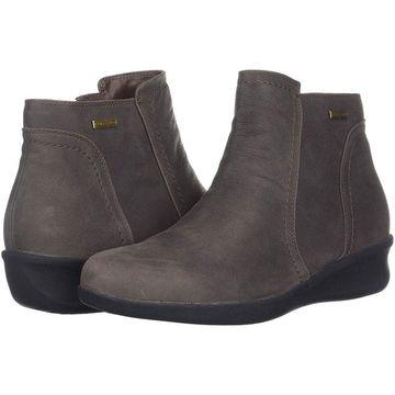 Aravon Women's Fairlee Ankle Boot - 10