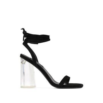 Vee sandals