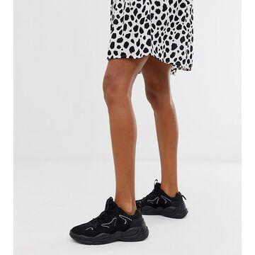 Bershka chunky sneaker in black