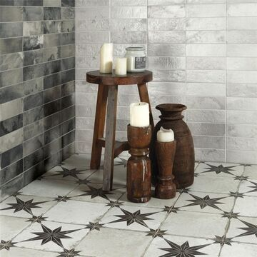 SomerTile Royals Estrella Ara Nero 17-5/8 in. x 17-5/8 in. x 11mm Ceramic Floor and Wall Tile (5 Tiles/11.02 sqft.) (CASE)