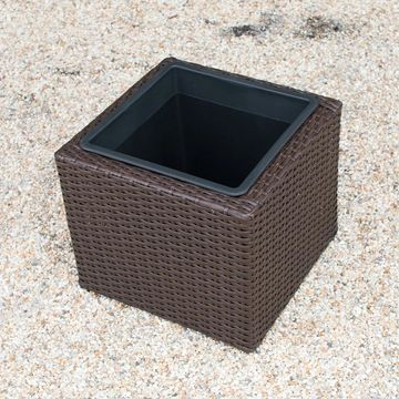 Sunjoy Wicker Square Outdoor Planter