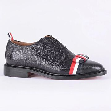 THOM BROWNE Laced Shoes ribbon bow
