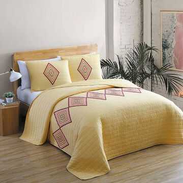 Avondale Manor Shoshanna 3-piece Boucle Tufted Quilt Set, Yellow, Full/Queen