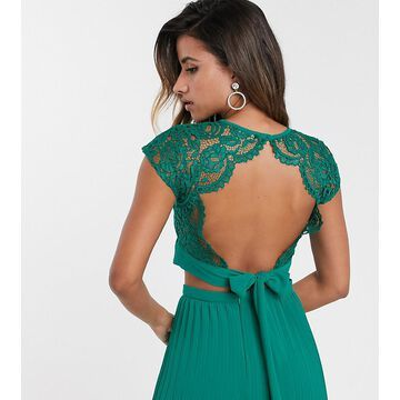 TFNC lace shell top in emerald green