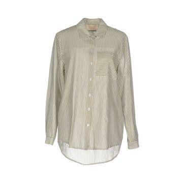 KAOS JEANS Shirts