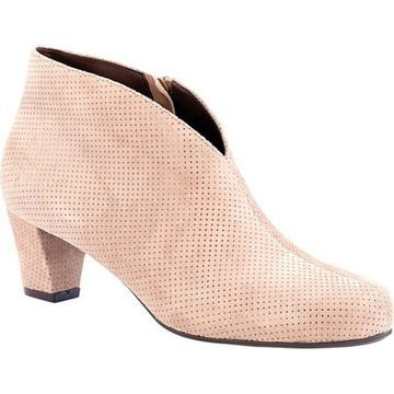 David Tate Women's Fame Bootie Taupe Suede