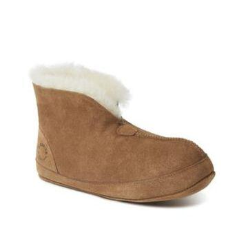 Dearfoams Women's Fireside Bryon Bay Genuine Shearling Warm up Boot Women's Shoes