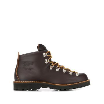 Mountain Light boots