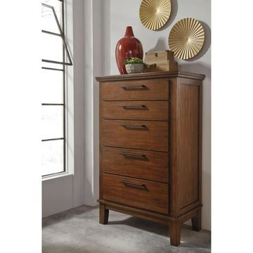 Signature Design by Ashley Ralene Medium Brown Five Drawer Chest (Five Drawer Chest)