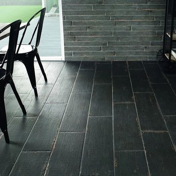 SomerTile 8.25x23.5-inch Lambris Nero Porcelain Floor and Wall Tile (8 tiles/11.22 sqft.) (CASE)