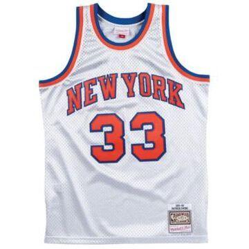 Mitchell & Ness Men's Patrick Ewing New York Knicks Platinum Swingman Jersey