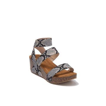 Madden Girl Womens Zoeyy Leather Open Toe Casual Platform Sandals
