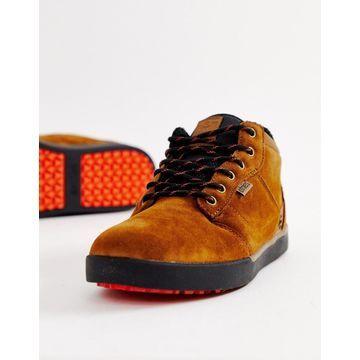Etnies Jefferson MTW sneakers in brown