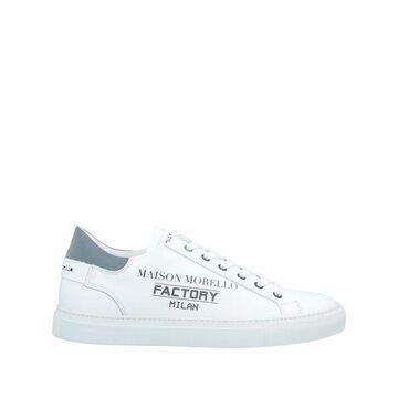FRANKIE MORELLO Low-tops & sneakers