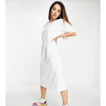 Noisy May exclusive organic cotton midi t-shirt dress with pocket detail in white