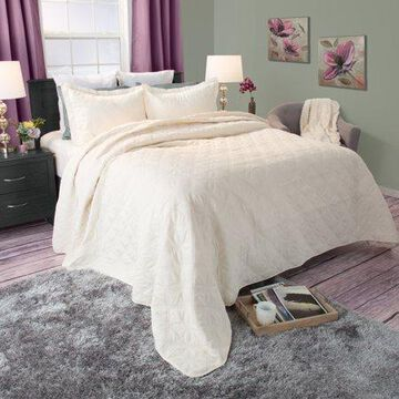 Somerset Home 3pc Andrea Embroidered Quilt Bedding Set