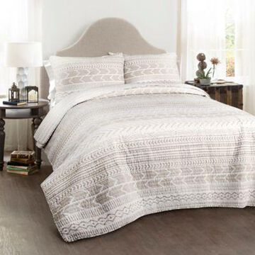Lush Decor Hygge Geo 3-Piece Full/queen Reversible Quilt Set In Taupe