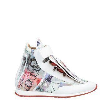 VIVIENNE WESTWOOD High-tops & sneakers