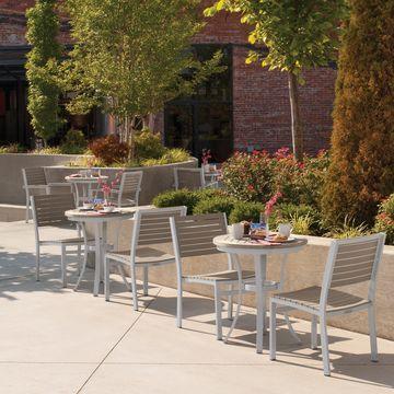 Oxford Garden Travira 24-inch Round Cafe Bistro Table