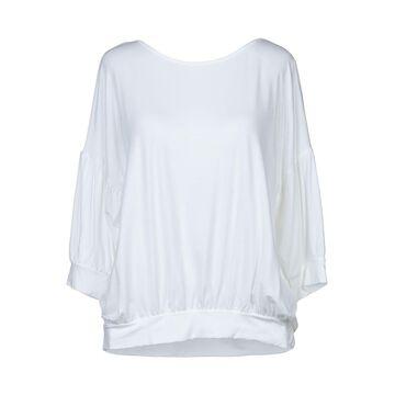 CARLA G. T-shirts