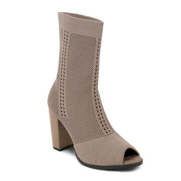 Olivia Miller Franklin Women's Ankle Boots