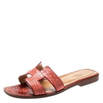 Hermes Pink Croc Leather Oran Flat Sandals Size 37