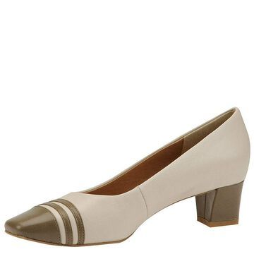 Auditions Womens Classy Leather Closed Toe Classic Pumps