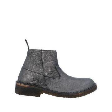 WEG Ankle boots