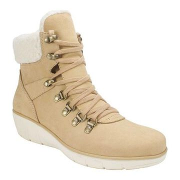 Cliffs by White Mountain Women's Emory Ankle Boot Wheat Nubuck