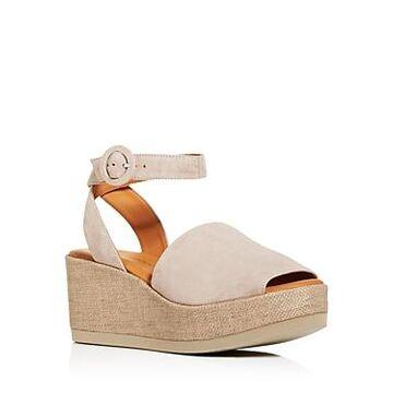 Andre Assous Women's Klarita Wedge Platform Sandals