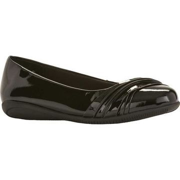 Walking Cradles Women's Flick Black Patent Leather