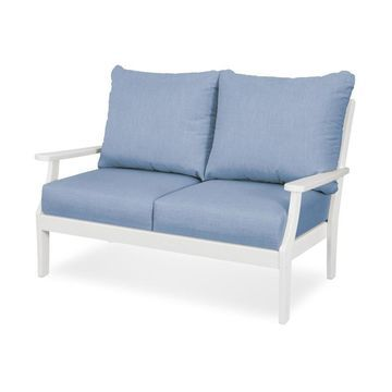 Trex Outdoor Furniture Yacht Club Deep Seating Settee in Classic White/Cast Ocean