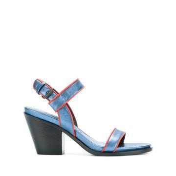 Brick sandals