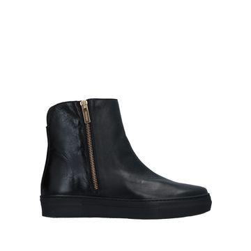 FIORANGELO Sneakers