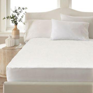 Amrapur Overseas Ultra-Thin Hypoallergenic Waterproof Mattress Protector - White