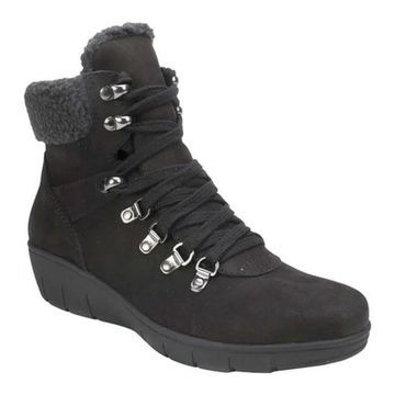 Cliffs by White Mountain Women's Emory Ankle Boot Black Nubuck